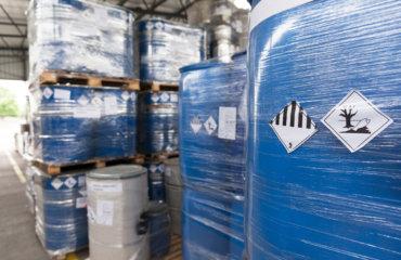 Normativa sobre actividades y almacenamiento de productos químicos
