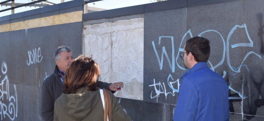 Ingenieros Asesores realizará un estudio sobre las patologías de la plaza Adolfo Suárez de Liencres