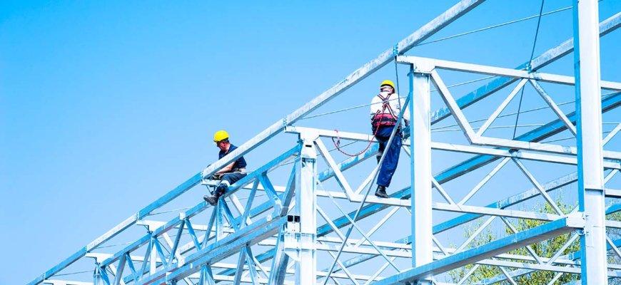 Inspección de estructuras metálicas en instalaciones industriales