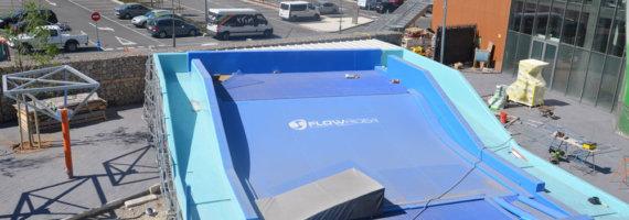 Estructura para piscina de olas y recorrido acrobático en altura