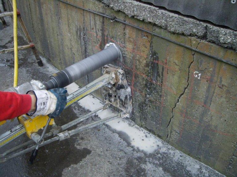 Inspección y reparación de la cimentación de un tanque