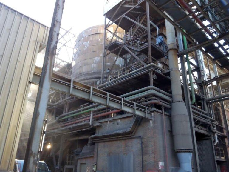 Ampliación de la instalación de aire comprimido de sopladores para hornos y calderas de una de las áreas de fabricación.