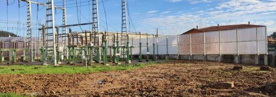 Proyecto de cerramiento de protección con metacrilato en subestación eléctrica